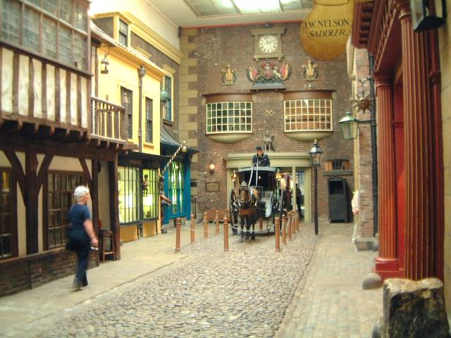 Castle Museum - Victorian cobbled street with horse drawn carriage